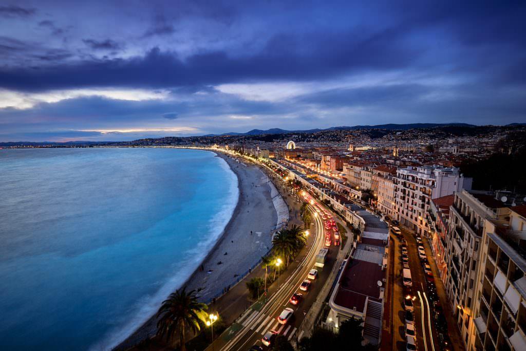 Quai des Etats Unis - Nice - France