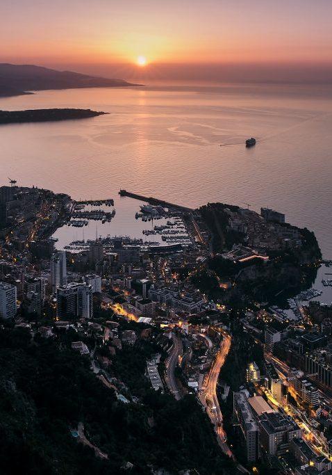 Lever de Soleil sur Monaco